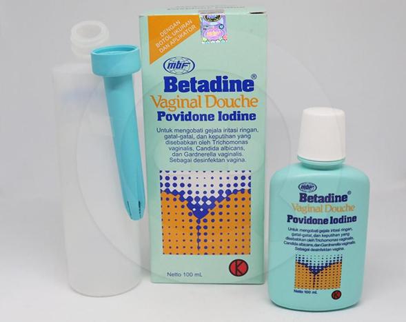 Betadine Vaginal Douche adalah cairan untuk mengobati gatal-gatal dan iritasi ringan pada vagina