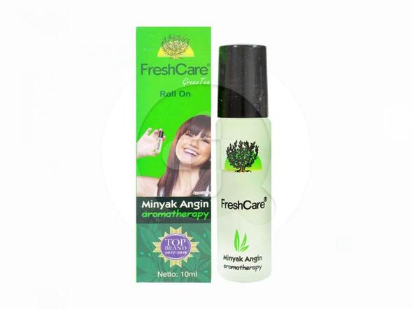 FreshCare Green Tea 10 ml digunakan untuk meringankan sakit kepala, perut kembung, masuk angin, mabuk perjalanan, gejala flu, pegal-pegal dan gatal akibat gigitan serangga.