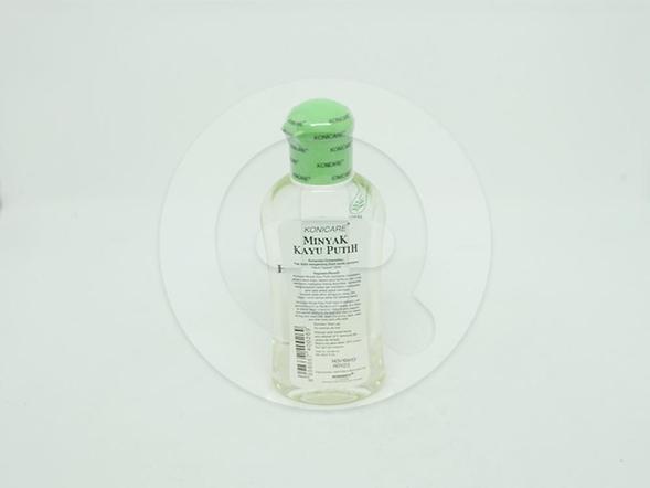 Konicare minyak kayu putih 60 ml membantu meredakan gejala masuk angin.