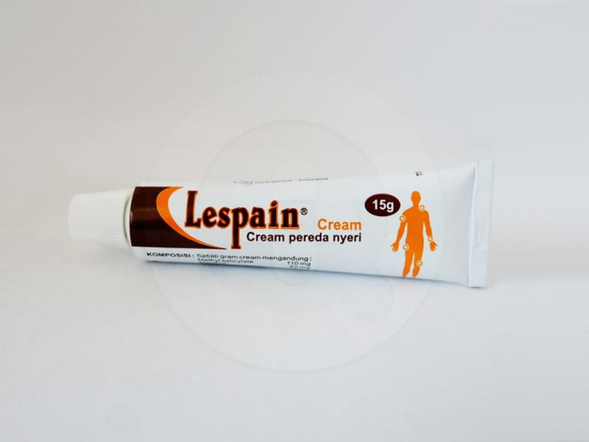 Lespain krim 15 g membantu meredakan nyeri otot dan sendi.