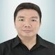dr. Abraham Adiwidjaja Sutjiono, Sp.M merupakan dokter spesialis mata di RS Hermina Pasteur di Bandung