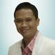 dr. Abraham Arimuko, Sp.KK, FINS-DV, FAADV merupakan dokter spesialis penyakit kulit dan kelamin di RSPAD Gatot Soebroto di Jakarta Pusat