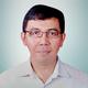 dr. Ahmad Irfan, Sp.An-KIC merupakan dokter spesialis anestesi konsultan intensive care di RS Mitra Keluarga Cibubur di Bekasi