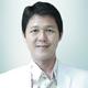 dr. Alvin Hardi Hardjawinata, Sp.Ak, MARS merupakan dokter spesialis akupunktur di Mayapada Hospital Jakarta Selatan di Jakarta Selatan