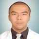 dr. Alvin Wiharja, Sp.KO merupakan dokter spesialis kedokteran olahraga di RS Melinda 2 Bandung di Bandung