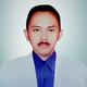 dr. Amien Thohari merupakan dokter umum di RS Gigi dan Mulut Universitas Prof. Dr. Moestopo di Jakarta Selatan