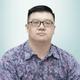 dr. Andy Japutra, Sp.A merupakan dokter spesialis anak di Siloam Hospitals Kebon Jeruk di Jakarta Barat