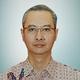 dr. Arif Riswahyudi Hanafi, Sp.P(K)Onk merupakan dokter spesialis paru konsultan di MRCCC Siloam Hospitals Semanggi di Jakarta Selatan