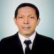 dr. Arman Bausat, Sp.OT merupakan dokter spesialis bedah ortopedi di RS Hermina Makasar di Makassar