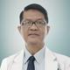 dr. Arnold Muara Simandjuntak, Sp.U merupakan dokter spesialis urologi di RS Premier Jatinegara di Jakarta Timur