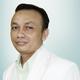 dr. Azril Hasan, Sp.P merupakan dokter spesialis paru di RS Hermina Arcamanik di Bandung