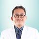 dr. Bambang Hari Santosa, Sp.THT-KL merupakan dokter spesialis THT di Siloam Hospitals Lippo Cikarang di Bekasi