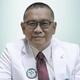 dr. Bambang Herwindu, Sp.M merupakan dokter spesialis mata di RS Sari Asih Ciledug di Tangerang