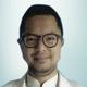 dr. Chandra Tirta Setiawan Achmad, Sp.An merupakan dokter spesialis anestesi di RS Syarif Hidayatullah di Tangerang Selatan
