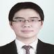 dr. Daniel Olivia Wijaya merupakan dokter umum