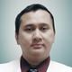 dr. Dimas Radithya Boedijono, Sp.OT merupakan dokter spesialis bedah ortopedi di RSUP Fatmawati di Jakarta Selatan