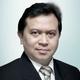 dr. Dono Antono, Sp.PD-KKV, FINASIM, FICA merupakan dokter spesialis penyakit dalam konsultan kardiovaskular di MRCCC Siloam Hospitals Semanggi di Jakarta Selatan