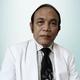 Dr. dr. Bambang Darwono, Sp.B, Sp.OT, FICS, FAPOA merupakan dokter spesialis bedah ortopedi di RS Gading Pluit di Jakarta Utara