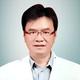 Dr. dr. David Gunawan Umbas, Sp.S(K) merupakan dokter spesialis saraf konsultan di RS Grestelina di Makassar