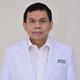 Dr. dr. Norman Zainal, Sp.OT, M.Kes merupakan dokter spesialis bedah ortopedi di RS YARSI di Jakarta Pusat
