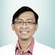 dr. Rahmat Cahyanur, Sp.PD-KHOM merupakan dokter spesialis penyakit dalam konsultan hematologi onkologi di RS Universitas Indonesia (RSUI) di Depok