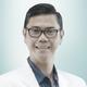 dr. R. Dwi Pantjawibowo, Sp.An-KIC, KMN merupakan dokter spesialis anestesi konsultan intensive care di RS Premier Bintaro di Tangerang Selatan