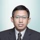 dr. Emanoel Oepangat, Sp.JP merupakan dokter spesialis jantung dan pembuluh darah di Siloam Hospitals Lippo Village di Tangerang