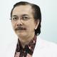 dr. Erwin Danil Julian, Sp.B(K)Onk merupakan dokter spesialis bedah konsultan onkologi di RS Pusat Pertamina di Jakarta Selatan