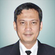 Dr. dr. Ezra Oktaliansah, Sp.An-KIC, KAR, M.Kes merupakan dokter spesialis anestesi konsultan intensive care di RSUP Dr. Hasan Sadikin di Bandung