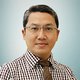 dr. Gigih Pramono, Sp.BS merupakan dokter spesialis bedah saraf di RS Manyar Medical Centre di Surabaya