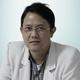 dr. Hampri Seda, Sp.M merupakan dokter spesialis mata di Siloam Hospitas Bekasi Sepanjang Jaya di Bekasi