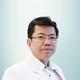 dr. Haryanto Surya, Sp.PD merupakan dokter spesialis penyakit dalam di Siloam Hospitals Lippo Village di Tangerang
