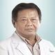dr. Henry Lilisantosa, Sp.B merupakan dokter spesialis bedah umum di RS Royal Progress di Jakarta Utara
