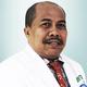 dr. Ismon Kusasi, Sp.B(K)V merupakan dokter spesialis bedah konsultan vaskular di RS YARSI di Jakarta Pusat
