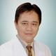 dr. Joni Sastra, Sp.M merupakan dokter spesialis mata di RS Mata Padang Eye Center di Padang
