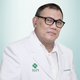 dr. Lianda Siregar, Sp.PD-KGEH, FINASIM merupakan dokter spesialis penyakit dalam konsultan gastroenterologi hepatologi di MRCCC Siloam Hospitals Semanggi di Jakarta Selatan