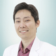 dr. Luky Thiehunan, Sp.KJ merupakan dokter spesialis kedokteran jiwa di RS St. Carolus di Jakarta Pusat