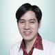 dr. Michael Warouw, Sp.KK merupakan dokter spesialis penyakit kulit dan kelamin di Siloam Hospitals Lippo Village di Tangerang