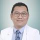 dr. Mohamad Nizam Erhamza, Sp.P merupakan dokter spesialis paru di RS Sari Asih Ciputat di Tangerang Selatan