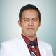 dr. Muhamad Rizqy Setyarto, Sp.B, Sp.BP-RE merupakan dokter spesialis bedah plastik di RS Ken Saras di Semarang