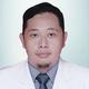 dr. Muhammad Rizal Renaldi, Sp.OT merupakan dokter spesialis bedah ortopedi di RS Mitra Sejati di Medan