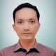 dr. Noverial, Sp.OT merupakan dokter spesialis bedah ortopedi di RS Universitas Andalas di Padang