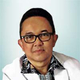 dr. Nunung Nugroho, Sp.KFR, MARS merupakan dokter spesialis kedokteran fisik dan rehabilitasi di RS Orthopedi & Traumatologi Surabaya di Surabaya
