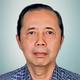 dr. Rachmat Sumantri, Sp.PD-KHOM, FINASIM merupakan dokter spesialis penyakit dalam konsultan hematologi onkologi di Santosa Hospital Bandung Central di Bandung