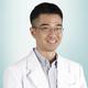 dr. Ramzi, Sp.An-KIC merupakan dokter spesialis anestesi konsultan intensive care di RS St. Carolus di Jakarta Pusat