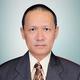 dr. Raveinal, Sp.PD-KAI merupakan dokter spesialis penyakit dalam konsultan alergi immunologi klinik di RS Universitas Andalas di Padang