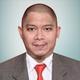 dr. Reza Rinaldy Harahap, Sp.KN merupakan dokter spesialis kedokteran nuklir di RSUP Dr. Hasan Sadikin di Bandung