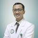 dr. Rifqi Averrouza Hasbiandra, Sp.KFR merupakan dokter spesialis kedokteran fisik dan rehabilitasi di RS Sari Asih Ciledug di Tangerang