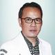 dr. Rizal Zainal, Sp.An merupakan dokter spesialis anestesi