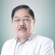 dr. Roy Budiarto Halim, Sp.B, FinaCS merupakan dokter spesialis bedah umum di RS Kramat 128 di Jakarta Pusat
